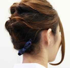 短发扎发发型步骤 保证别出心裁