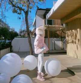 粉色羽绒服配什么裤子 搭对裤子减少臃肿感