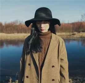 冬季帽子搭配图片 一顶帽子守护整个冬天的时髦