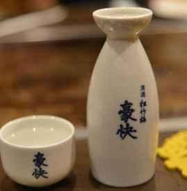 吃火锅能喝白酒吗 吃火锅时喝什么好
