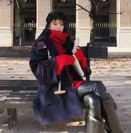 红色毛衣配什么外套 冬季搭配风度与温度共存