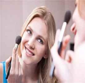 快速化好妆的方法 简单四步教你画好美美的妆