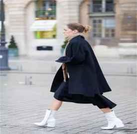 呢子大衣搭配围巾方法 呢子大衣冬季搭配围巾指南