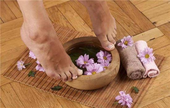 白醋泡脚可以减肥吗 泡脚本身有减肥之效