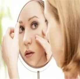 眼部出现细纹怎么办 解决眼部细纹的好方法