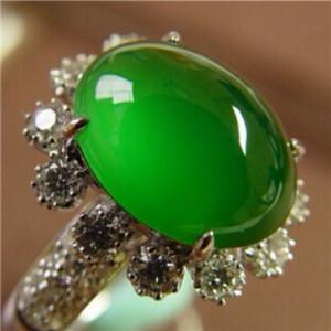 翡翠满绿和阳绿的区别 满绿收藏价值高