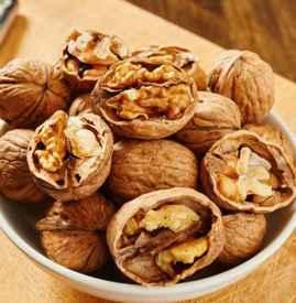 松子和核桃哪个营养价值高 关键得看你的食用目的
