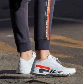 小白鞋品牌 今年的小白鞋你选择哪一款