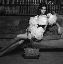 Kaia Gerber 出镜 Chanel 2018 春夏手袋广告