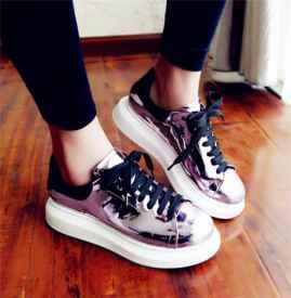 鞋子走路有气声音怎么办 走路有放气声音是怎么回事