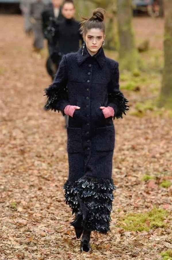 Chanel2018巴黎秋冬时装周 依旧小香风