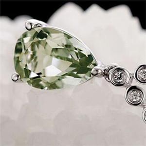 绿水晶图片 寓意身体健康促进人缘