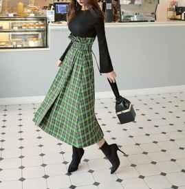 格子長裙搭配什么鞋子 各種混搭開啟時髦春夏
