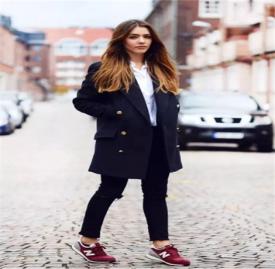 大衣与运动鞋搭配图片 大衣与运动鞋结合真的美