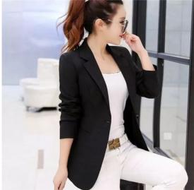 中款女士西装外套搭配 这款外套魅力让你无法抗拒