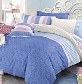 床上四件套尺寸规格 这要根据床和被子来决定