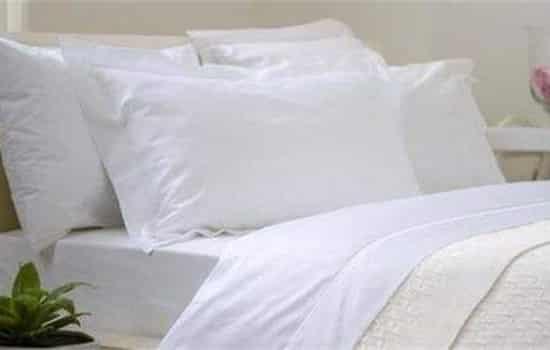 【动】纯棉床单发黄怎么洗 这些实用小妙招或许