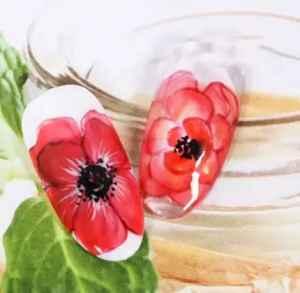 手绘花朵美甲教程 春天里最美的一朵花