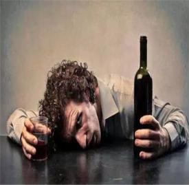 宿醉吃什么食物缓解 吃这6种食物解酒好