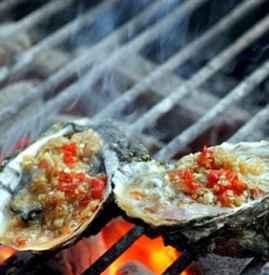 碳烤生蚝烤多久 怎么判断生蚝是否烤熟