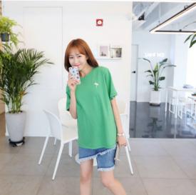 绿色短袖T恤怎么搭配 把春色带入夏日的正确穿搭
