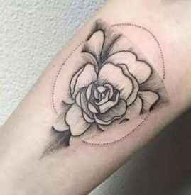 纹身扛不住的真实案例 纹身究竟痛不痛