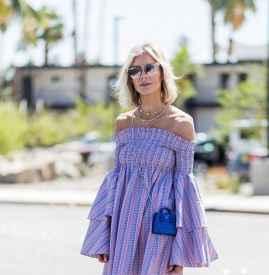 喇叭袖连衣裙怎么搭配 简单系搭配也可以穿出高级感