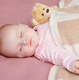 宝宝晚上不睡觉怎么办 快来试试这六招!