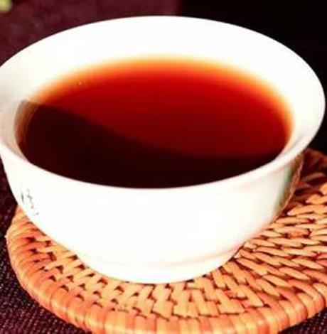 7种茶轻松降血糖 学会用粗老茶治疗糖尿病