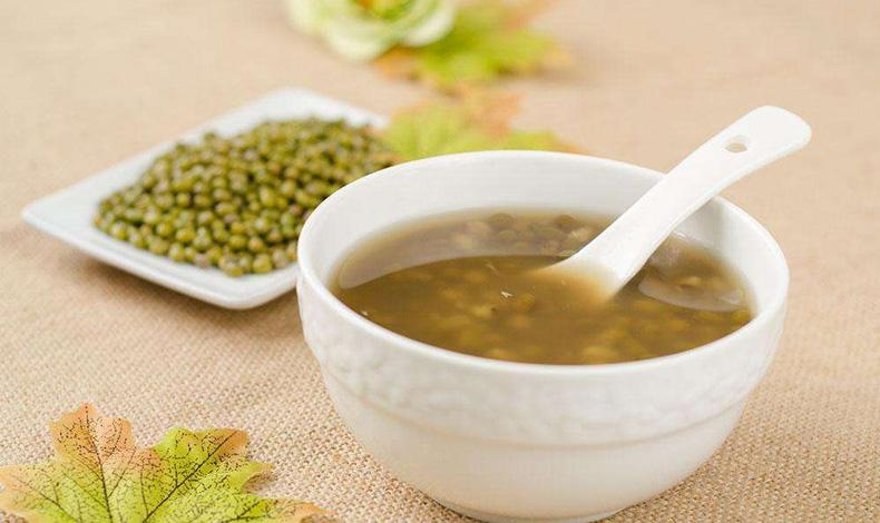 夏日选择绿豆汤还是红豆汤