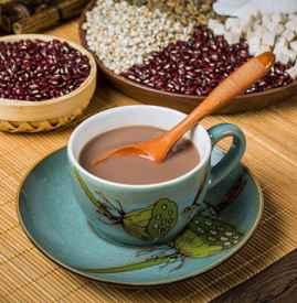 红豆薏米粉什么时候喝最好 最好不要晚上睡前喝