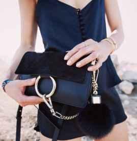 手链怎么戴好看 夏日超流行的叠戴法还不试试