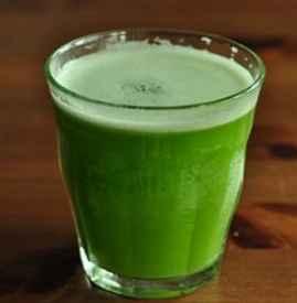 苦瓜汁泡沫可以吃吗 喝鲜榨果汁最好连泡沫一起喝掉