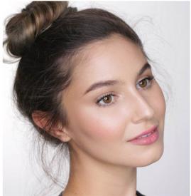 简单淡妆化妆技巧 快速画好淡妆的方法