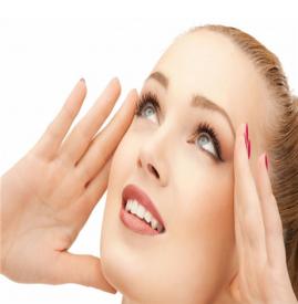 淡妆化妆步骤图解 一款简单淡妆画法教程