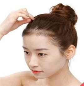 丸子头扎法步骤图 几款简易丸子头扎发