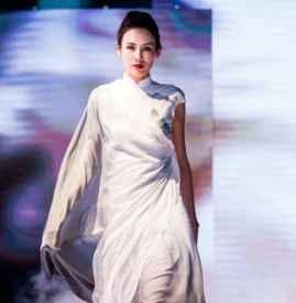丽兹阁LIZZIE2018高级成衣定制 东方之美