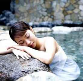 春天泡温泉的好处 春天泡温泉才是最合适的季节