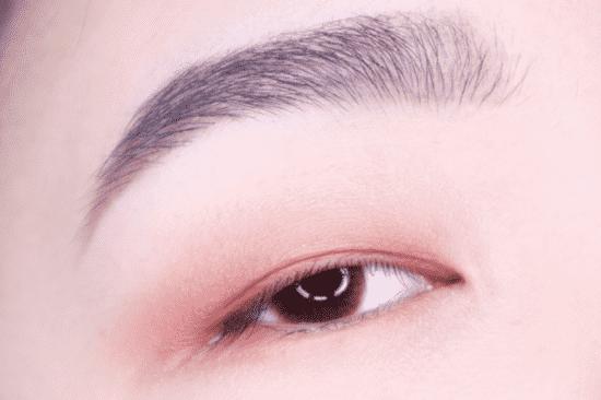 单眼皮眼妆画法 新手也能学会的三步眼妆