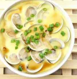 蛤蜊蒸蛋的做法 鲜嫩的蛤蜊蒸蛋不可错过