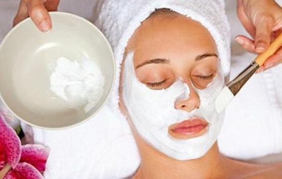 控油补水的护肤品 在家自己就能让脸水油平衡