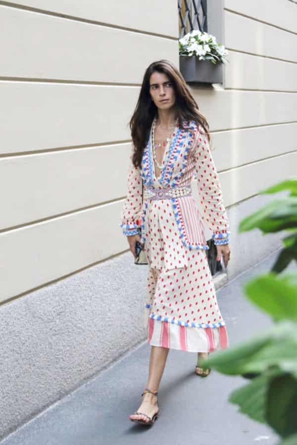 复古波点连衣裙怎么搭配 这三种款式好穿还时髦