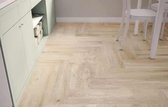 浅色木地板日常要怎么保养好 浅色地板日常保养要点介绍