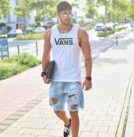 牛仔短裤男 最具质感的夏季直男单品