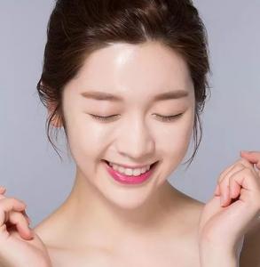 正确的洗脸护肤步骤 很多人都漏了最后2步