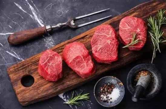 冷冻牛肉怎么解冻不串味 密封袋冷水解冻口感好