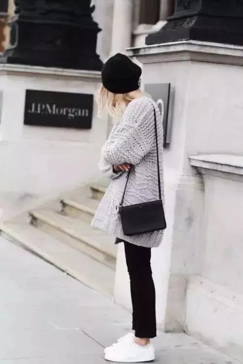 女生针织衫怎么搭配衣服 秋天用针织开衫搞定所有搭配
