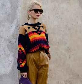 秋冬毛衣下面搭配什么好看 秋冬毛衣出街回头率100%