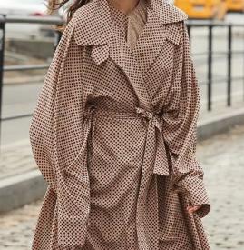 女生秋冬穿什么风衣好看 今年好看的风衣有点多