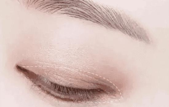 豆沙色眼妆画法 温暖整个冬季